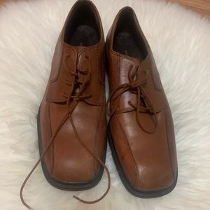 Men's rockport shoes brown leather size 10